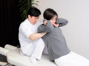 慢性的な肩こり腰痛